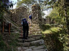inca-trail-ruins
